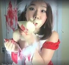 South Korean YouTuber Showry smothers her face in mayonnaise in ... via Relatably.com