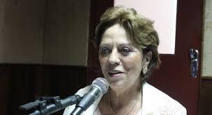 Resultado de imagem para rosalba em entrevista na radio fotos