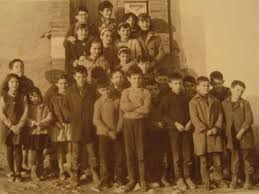 Resultado de imagen de fotos de alumnos en colegios
