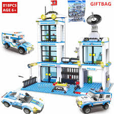 <b>858Pcs City SWAT Police</b> Command Vehicle Truck Technic Building ...