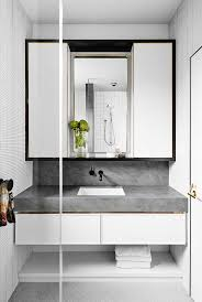 modern white bathrooms styling