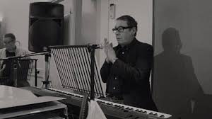 <b>Jools Holland</b> - <b>Jools Holland</b> and <b>José Feliciano</b> - Treat Myself ...