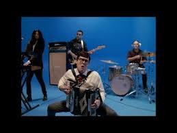 Weezer - <b>Africa</b> (starring Weird Al Yankovic) - YouTube