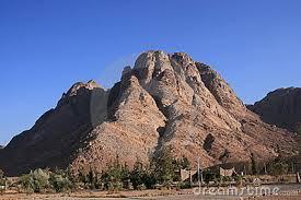 Resultado de imagem para monte Sinai e Moisés