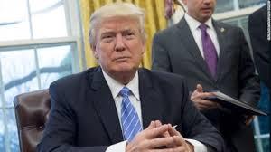 「「もっと簡単だと思っていた」、トランプ氏が大統領の職を語る」」の画像検索結果
