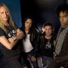 <b>Alice in Chains</b>: albums, songs, playlists | Listen on Deezer