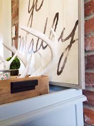 iron wall decor u love: i am in love with the light grey wood frame