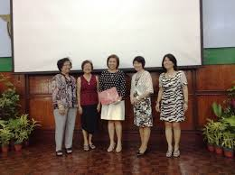 triccie fajardo center receives the milagros ibe excellence in teaching award