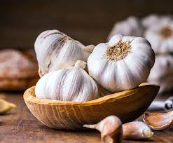 Cod Liver Oil Plus <b>Garlic Capsules</b>   Seven Seas