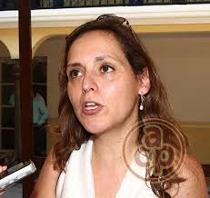 Para la doctora Luz Paula Parra, del Centro de Mediación de la ciudad de México, Papantla es considerada como uno de los municipios con mejor práctica en ... - 145801140329paula