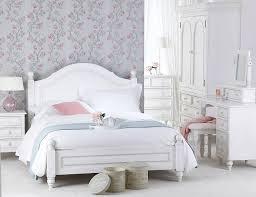 antique white shabby chic furniture