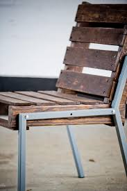 pallet chair with metal frame build pallet furniture