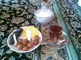 نتیجه تصویری برای عکس غذا خوردن عربها