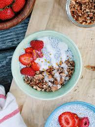 Coconut Chia Pudding with Super <b>Crunchy Grain-Free</b> Granola