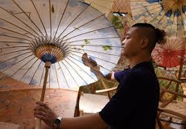 The origins and traditions of <b>Chinese oil</b>-<b>paper</b> umbrellas - Global ...