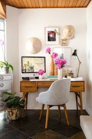 1000 ideas about stylish office on pinterest offices cubicles and colorful desk banker office space
