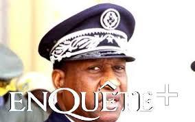 Abdoulaye Niang, un peu tendu, envoie en mission 140 policiers. Un contingent de 140 sénégalais, en route pour le Mali, a reçu hier des mains du directeur ... - abdoulaye%2520niang_0