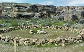 Resultado de imagen para circulo de piedras