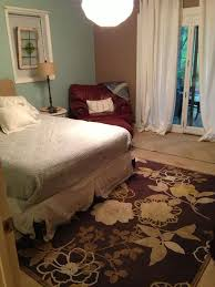 painting bedroom goodbye carpet hello stenciled floor with annie sloan chalk paint