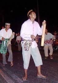 Obrog, tradisi membangunkan sahur ala Pantura