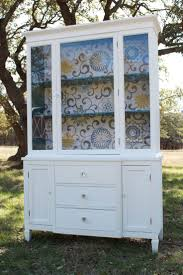 Dining Room China Cabinets 1000 Ideas About Vintage China Cabinets On Pinterest China