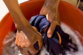 <b>Hand Washing Clothes</b>: Dos and Don'ts | HowStuffWorks