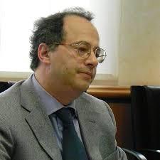 Flavio Curto, difensore civico della Valle d'Aosta Tempi più brevi e soluzioni valide hanno caratterizzato soprattutto negli ultimi anni l'attività del ... - curto_flavio_10