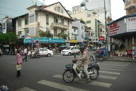 For example, it is 15 minutes walk to Ben Thanh Market – not just a few minutes' walk! SO, AVOID STAYING AT HONG THIEN LOC HOTEL, PHAM NGU LAO STREET AT ALL ... - DSC_4279