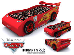 mcqueen bed set cars  images about avery  s toddler bedroom on pinterest car bed