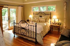 country bedroom decorating ideas to inspire you how to arrange the bedroom with smart decor 4 arrange bedroom decorating