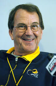 Lloyd Carr expecting 'a very successful' season for the University of Michigan football team - CARR1