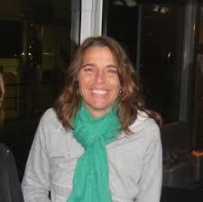 Dra. <b>Nuria Sanz</b> Ball-llosera