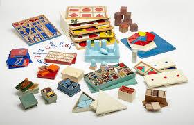 Znalezione obrazy dla zapytania montessori przedszkole