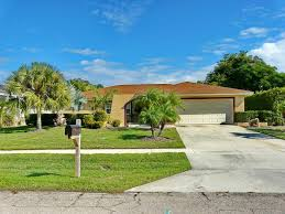 Vacation Home 109 West <b>Flamingo Circle</b>, Marco Island, FL ...