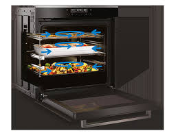 94 L <b>Multifunction</b> 60 cm Built-in Oven with Side Venting ...