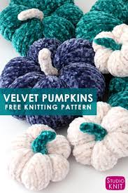 Knit up soft <b>velvet</b> mini pumpkins flat on straight needles ...