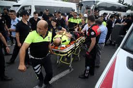 Kılıçdaroğlu'nun kortejindeki polise motosiklet çarptı
