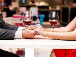 Valentine-Day--Dinner-Gift-Ideas-Gomalon
