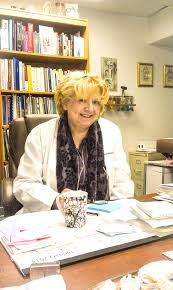 natural homeopathic and integrative physician in chicagopaulina dr andrea rentea