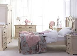 Shabby Chic Bedroom Lamps Bedroom Shabby Chic Bedroom Brick Area Rugs Lamp Shades The Most
