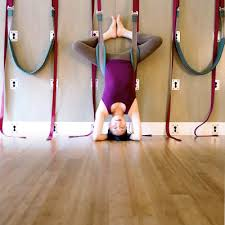 <b>Wall</b> Rope <b>Yoga</b> 1 Specialised Level 1