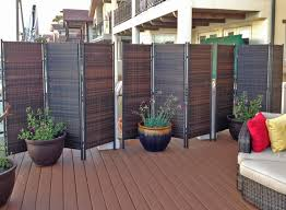gallery outdoor living wall featuring: remarkable home backyard design with green