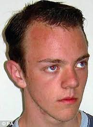 Teenager Simon Everitt burned alive in scene from horror movie was 'caught up in love triangle'. By Daily Mail Reporter Created: 10:22 EST, 28 April 2009 - article-0-01DA368D00000578-682_233x314
