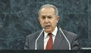 A Alger le temps est à la politique, pas à la guerre en Libye
