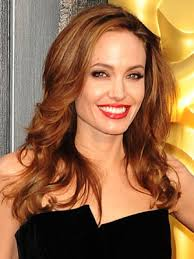 Angelina Jolie - b5eeaf4df67ccb5c_angelinajolie.xxxlarge_2