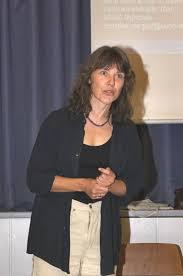 """Das Thema """"Fliegen"""", so Dr. Christine Margraf, berühre den Lebensstil eines jeden Einzelnen sehr tief. Ein Umdenken sei nur schwer erreichbar, ... - 08-08-12_vortr_luftvk-studie07_margraf"""