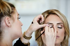 tips for touching up your makeup