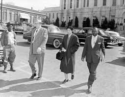 rosa parks academy of achievement rosa parks approaches the montgomery courthouse to enter her plea on feb 22 1956
