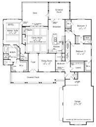 ideas about Craftsman House Plans on Pinterest   House plans       ideas about Craftsman House Plans on Pinterest   House plans  Craftsman Houses and Square Feet