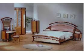 modern wooden dressing table